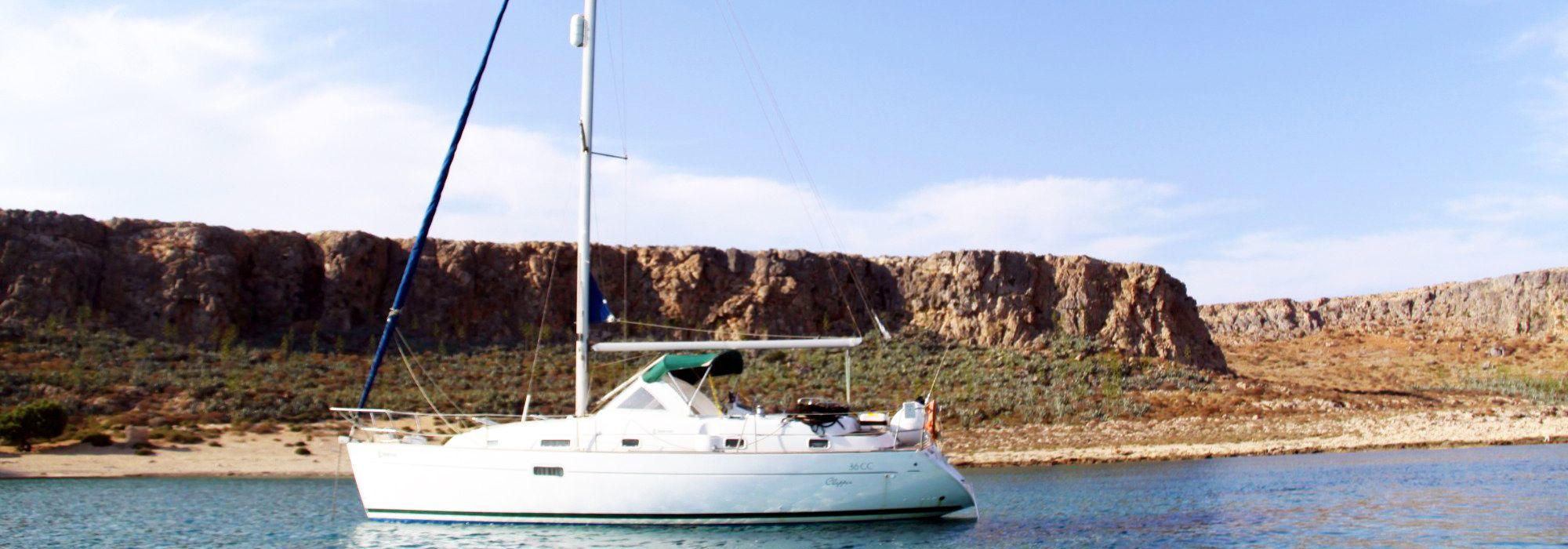 Enjoy a daily sailing boat cruise